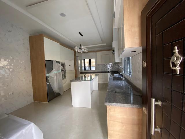 5 bedroom detached Lekki phase 1